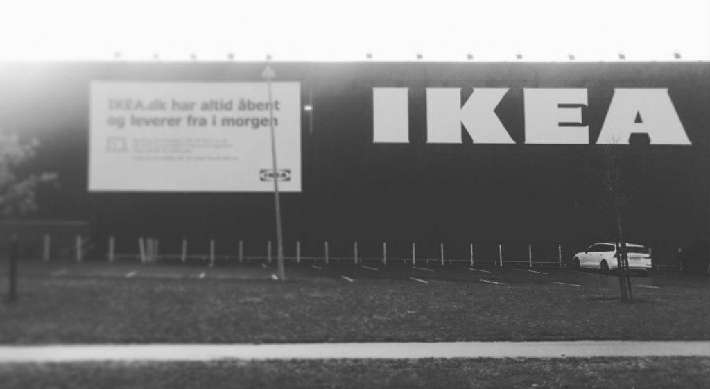 På vejen af Den Danske Pilgrimsrute møder man IKEA